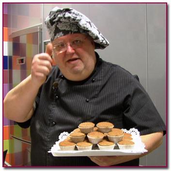 PabloD Gourmet - Javier Romero con mis magdalenas de café