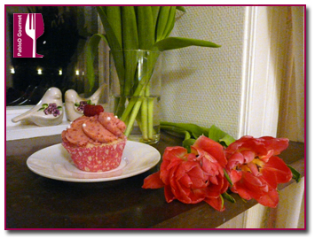 PabloD Gourmet  - Cupcakes de azafrán y frambuesas rojas