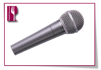 PabloD Gourmet - Micrófono para las entrevistas