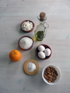 soleado-ingredienser-av-apelsin-mandel-kaka