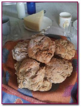 Pablod Gourmet - Una cesta llena de Scones de azafrán es siempre bien recibido