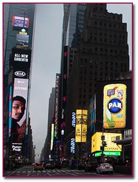 Anuncion de P.A.N. en Times Square de New York